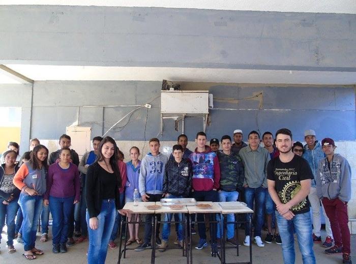 A cidade de Araponga iniciou o mês de setembro com o projeto na Escola Estadual Cônego José Ermelindo de Souza