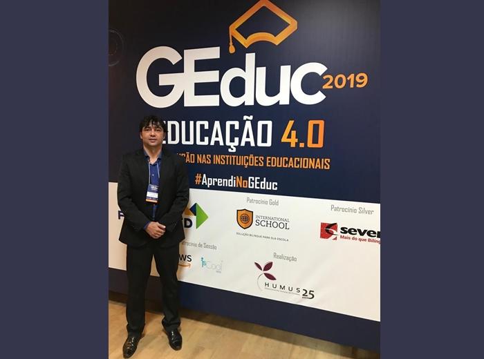 O Congresso Brasileiro de Gestão Educacional, destinado à alta gestão de escolas e Instituições de Ensino Superior de todo o Brasil, aconteceu entre os dias 27 e 29 de março. Desta vez, o Diretor Geral da Univiçosa, professor Evaldo Zeferino Rodrigues, representou a Instituição.