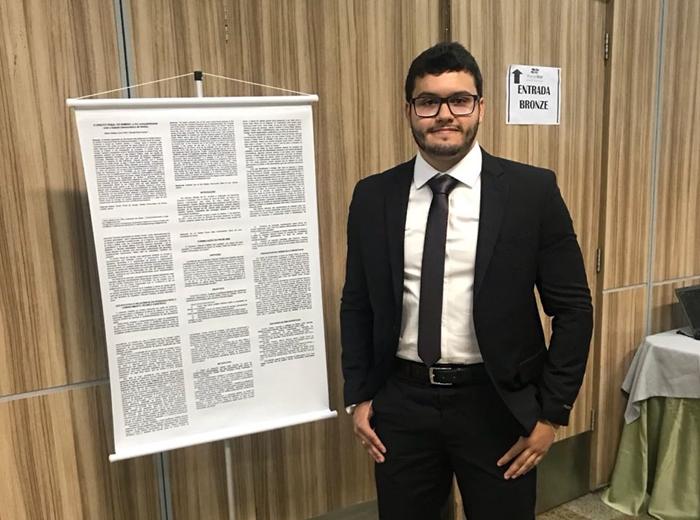 O estudante do 10º período do curso de Direito da Univiçosa,Altilinio Matias Louro Filho, conta como foi a experiência de participar doIII Congresso Brasileiro de Direito Penal. Confira!