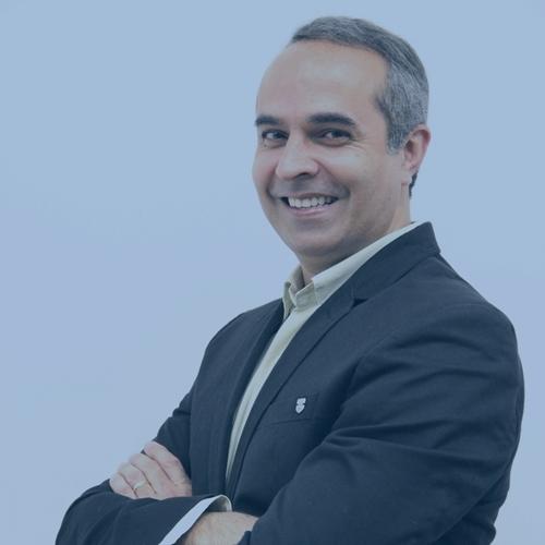 Professor Mateus Mendonça Vieira